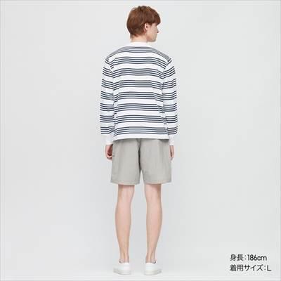 ユニクロのナイロンアクティブショートパンツを履いた男性
