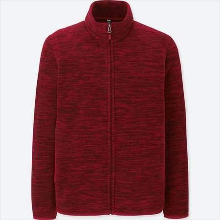 ユニクロのフリースフルジップジャケット(長袖)の杢カラーのレッド