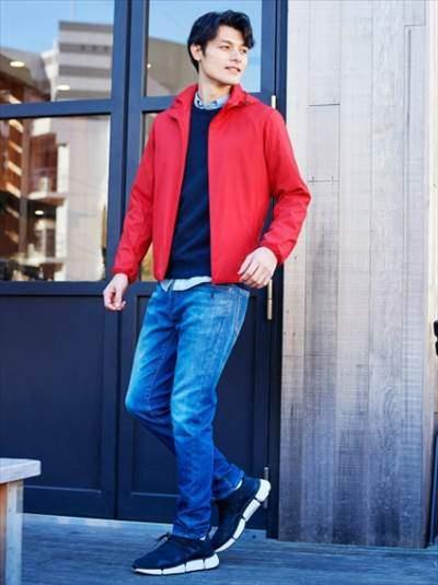 ユニクロのスウェットシャツのコーディネート例
