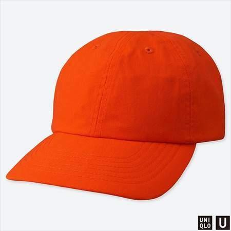 ユニクロUのキャップのオレンジ