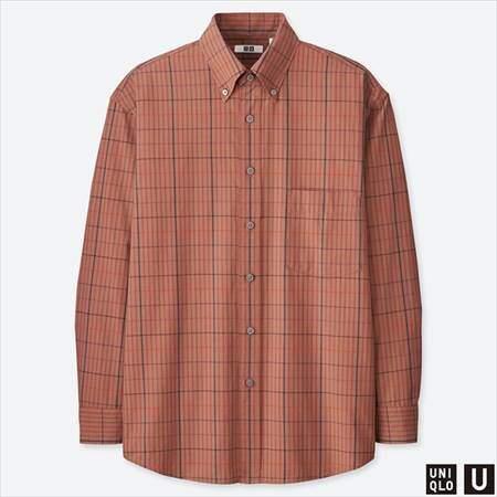 ユニクロUのワイドフィットチェックシャツ(長袖)のブラウン