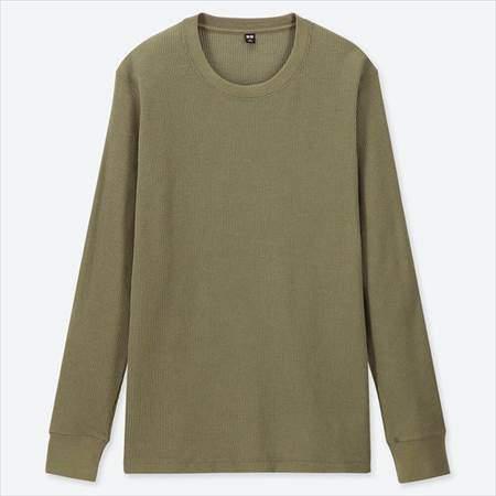 ユニクロのワッフルクルーネックT(長袖)のグリーン