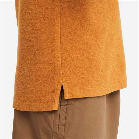 ユニクロUのポロシャツ(半袖)のサイドラインと裾のアップ
