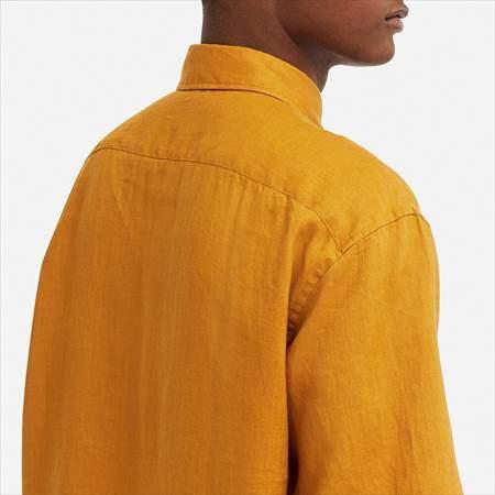 ユニクロUのプレミアムリネンワイドフィットシャツ(半袖)のバック