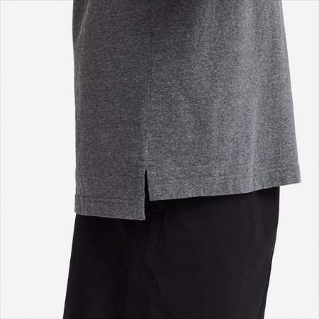 ユニクロUのオーバーサイズクルーネックT(半袖)のサイドラインと裾のアップ