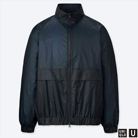 ユニクロUのポケッタブルトラックジャケットのブルー