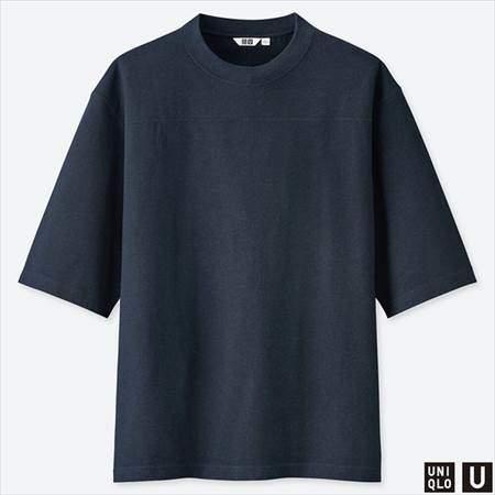 ユニクロUのオーバーサイズハーフスリーブTシャツのネイビー