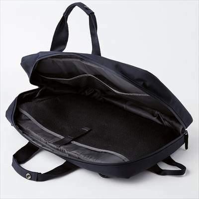 ユニクロの3WAYバッグ(男女兼用)
