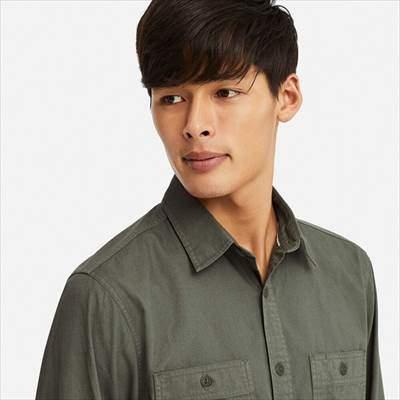 ユニクロのワークシャツ(長袖)のフロント