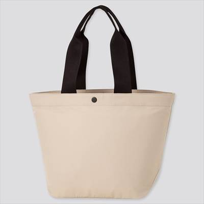ユニクロのナイロントートバッグ(男女兼用)