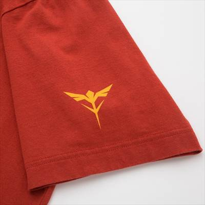 ユニクロのガンプラ40周年アニバーサリー UT(グラフィックTシャツ・半袖)