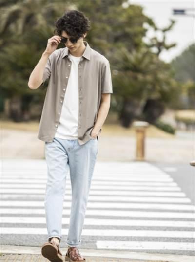ユニクロのエアリズムジャージーポロシャツ(フルオープン・半袖)のコーディネート