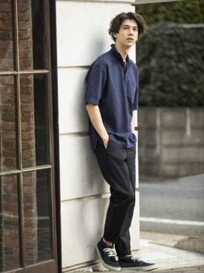 ユニクロのオーバーサイズジャージーポロシャツ(半袖)のコーディネート