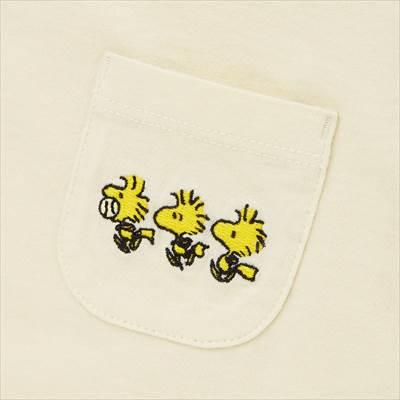 ユニクロのピーナッツ ビンテージ UT グラフィックTシャツ(半袖)