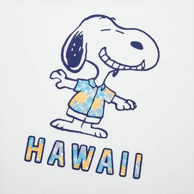 ユニクロのピーナッツ ハワイ UT グラフィックTシャツ (半袖・レギュラーフィット)