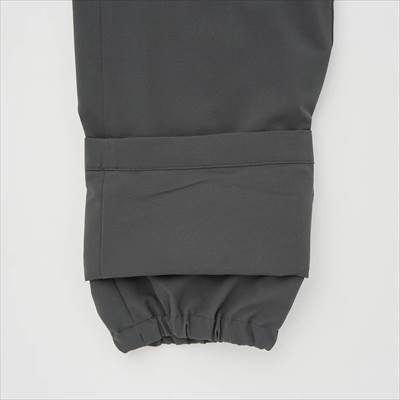 ユニクロの2021年秋冬・新作の防風エクストラウォームイージーパンツ(丈標準76~79cm)