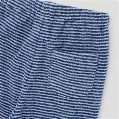 ユニクロの2021年新作・ピーナッツ ホリデー フリースパジャマ(長袖)